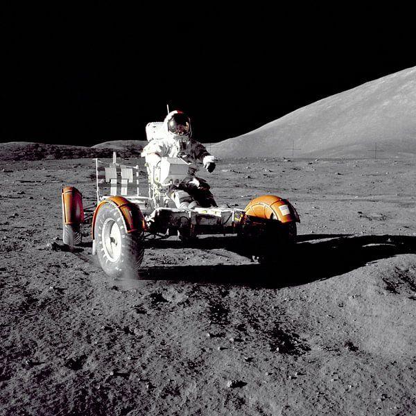 Astronaut in de Rover  van Digital Universe