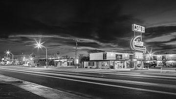 Ein Abend in Kingman, Arizona in Schwarz und Weiß