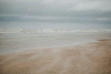 Stürmisches Zandvoort | Naturfotografie Die Niederlande von Trix Leeflang