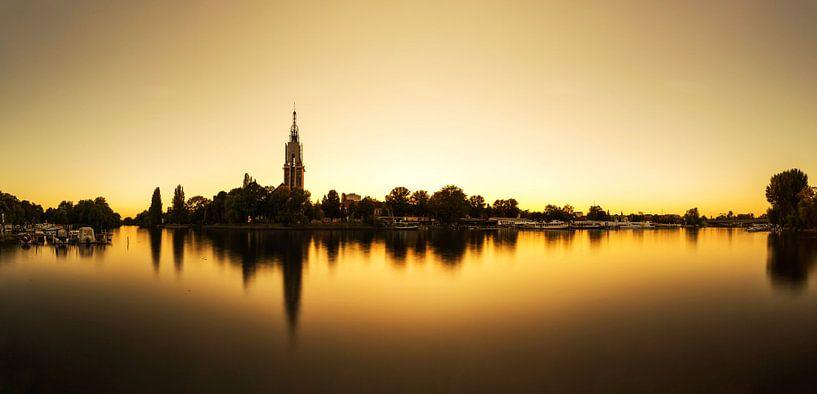 Potsdam-skyline op de Havel bij zonsondergang van Frank Herrmann