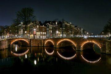 Amsterdam bij nacht van Sabine Wagner