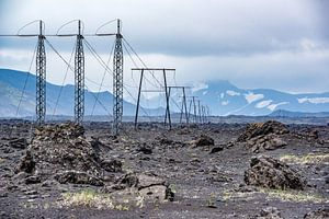 Onherbergzaam binnenland IJsland - Hoogspanningskabels