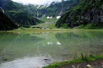 Bezaubernder Bergsee von Gerlinde Roebersen