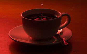 Koffie of thee? In magisch rood van Richard de Ruijter