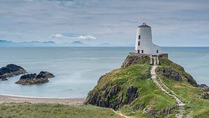 Tŵr Bach Lighthouse van