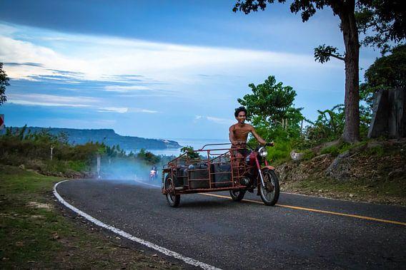 Werkverkeer op de Filipijnse eilanden van Dick Hooijschuur