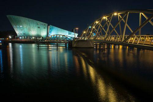 Amsterdam by Night - Nemo van