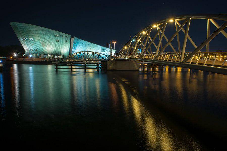 Amsterdam by Night - Nemo van Dennis van Berkel