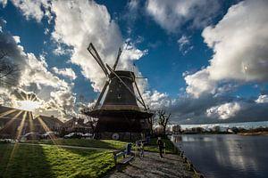 Weesp - Hollandse Lucht met molen van