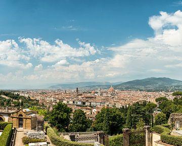 Uitzicht over Florence van Christian Reijnoudt