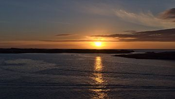 Zonsondergang voor Snæfellsnes van Timon Schneider