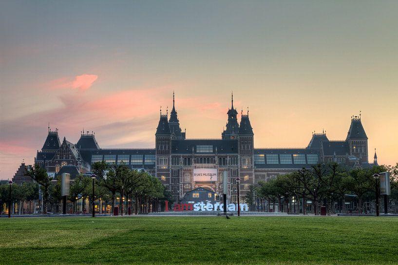 Rijksmuseum zonsopkomst Amsterdam van Dennis van de Water