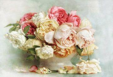 Bloem Romantiek - fijne rozen van Lizzy Pe