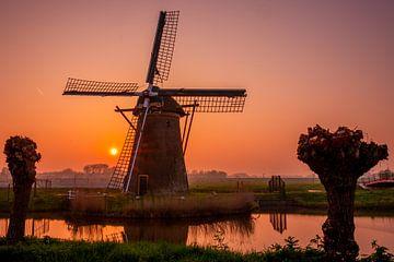 Windmill de stevenshofjesmolen during sunset sur John Ouds