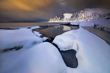 Tugeneset snowy coast van