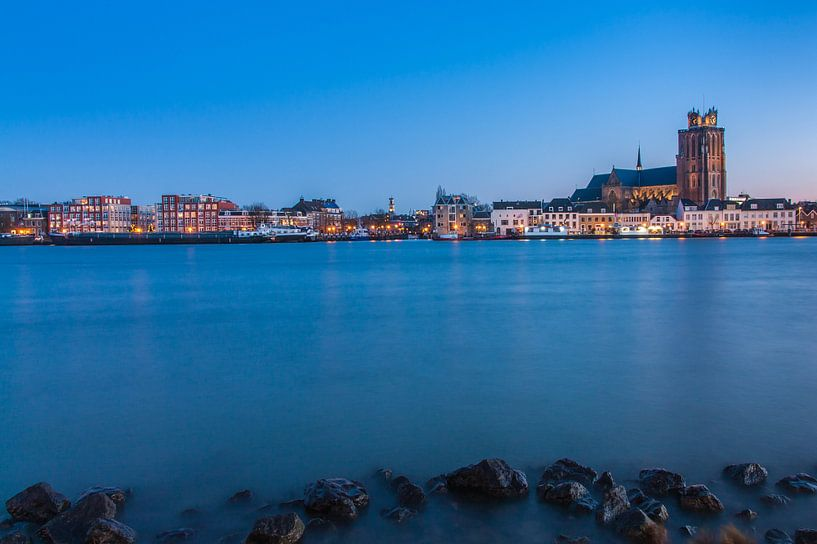 Dordrecht in the blue hour van Ilya Korzelius