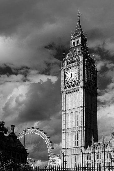 Big Ben and London's Eye van Luis Fernando Valdés Villarreal Boullosa