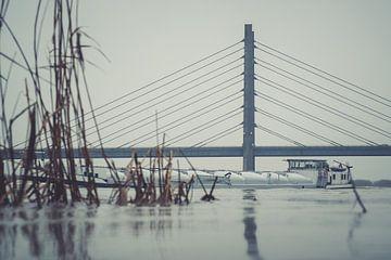 Molenbrug over de IJssel bij Kampen van Gerrit Veldman