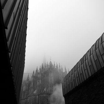 Foggy Morning in Cologne von Anuschka Wenzlawski