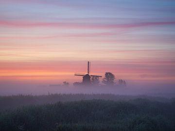 Molen in de mist (Noord-Holland)