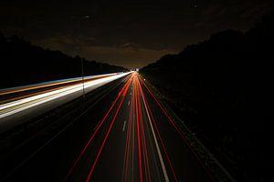 Snelweg bij nacht van Arie-Jan Eelman