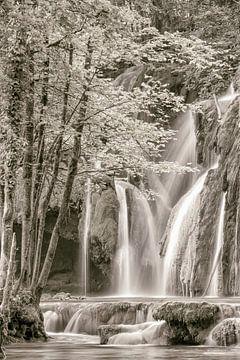La cascade des tufs b&w von Lars van de Goor