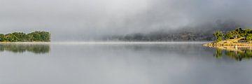Lac d'Esparron Provence Frankrijk van HvNunenfoto