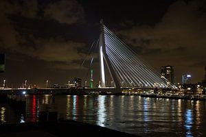 Erasmusbrug (Rotterdam) van Leonard Boshuizen
