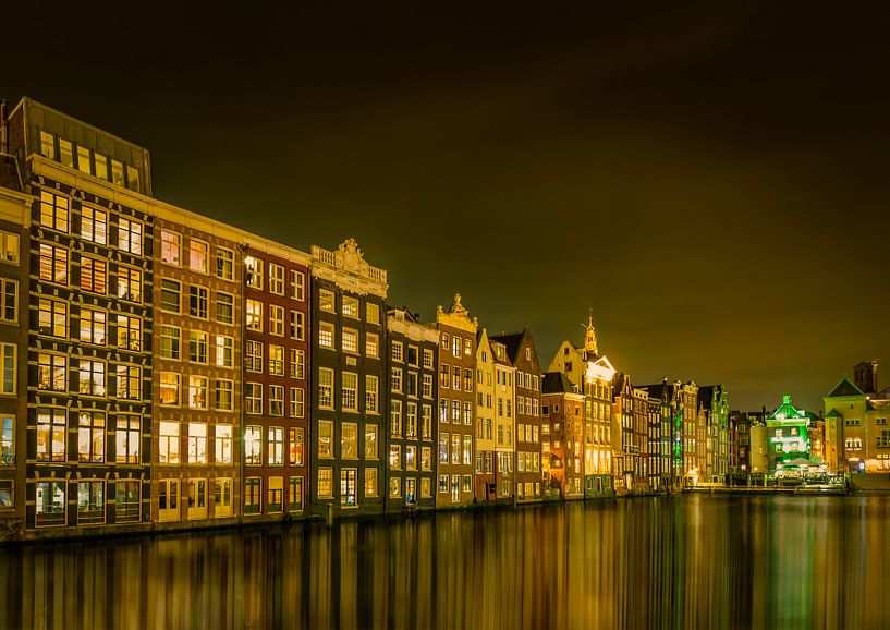Amsterdam by night van Sandra Kuijpers