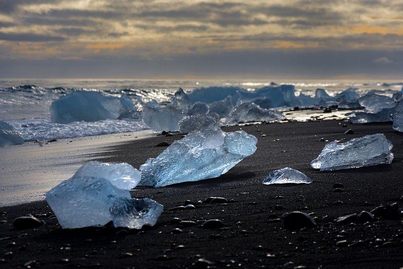 Diamanten  op het strand van Samantha Schoenmakers