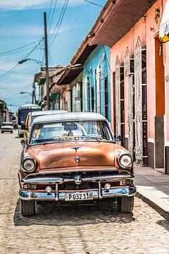 Klassieke auto in Cuba van Anita Loos