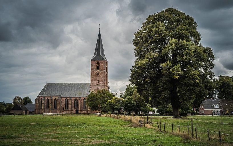 De Jacobuskerk van Rolde van Gerrit Veldman