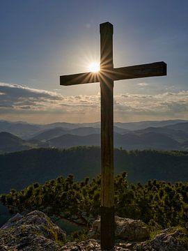 Gipfelkreuz in den Alpen von WittholmPhotography