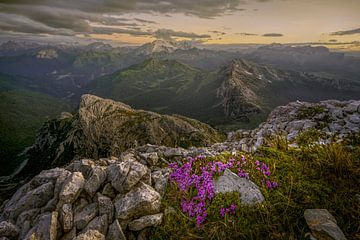 Coucher de soleil sur les Dolomites sur Peter Poppe