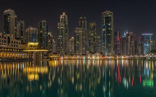 Dubai bij nacht 4 van