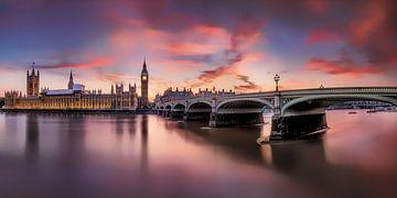 Londen met Westminster Bridge en Big Ben bij zonsondergang van Fine Art Fotografie