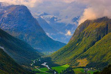 Blick zwischen Stryn und Geiranger, Sogn og Fjordane, Norwegen von Henk Meijer Photography