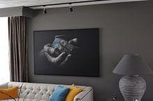 Klantfoto: Handen in klei van Anoeska van Slegtenhorst, op canvas