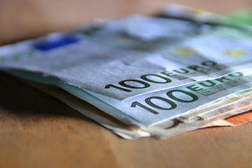 100 Euro Scheine von Heiko Kueverling