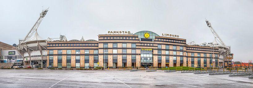 Parkstad Limburg Stadion van John Kreukniet