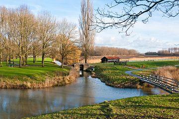 Kleurrijk landschap bij Klundert van Ruud Morijn