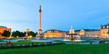 Schlossplatz à Stuttgart le soir sur Werner Dieterich