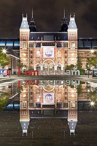 Rijksmuseum spiegeling te Amsterdam
