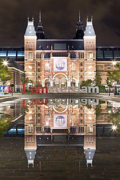 Rijksmuseum spiegeling te Amsterdam van Anton de Zeeuw