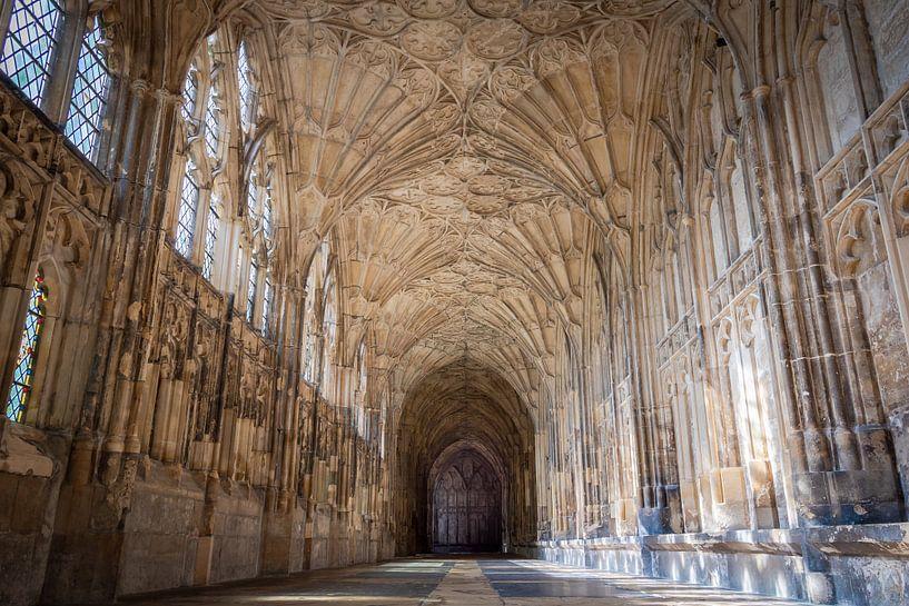 Kloostergang in de kathedraal, decor van Harry Potter films, Groot-Brittannië van Rietje Bulthuis