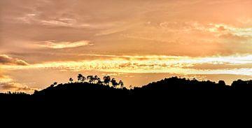 Zonsondergang in La Garde-Freinet, Zuid Frankrijk van