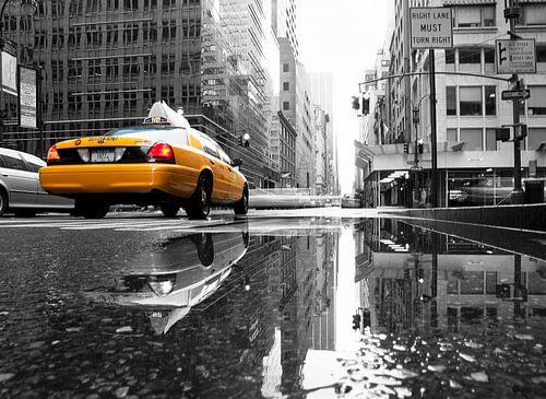New York Yellow Cab in de regen