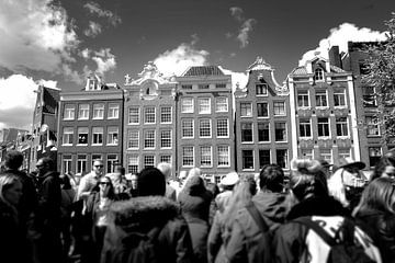 Straatscene Amsterdam (zwart-wit)