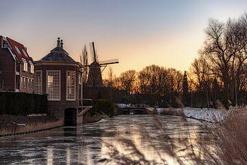 Winterse Zonsopkomst achter het Theehuisje in Middelburg van Percy's fotografie