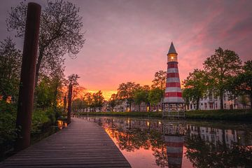 Bredase steiger tijdens zonsondergang van Jesper Stegers